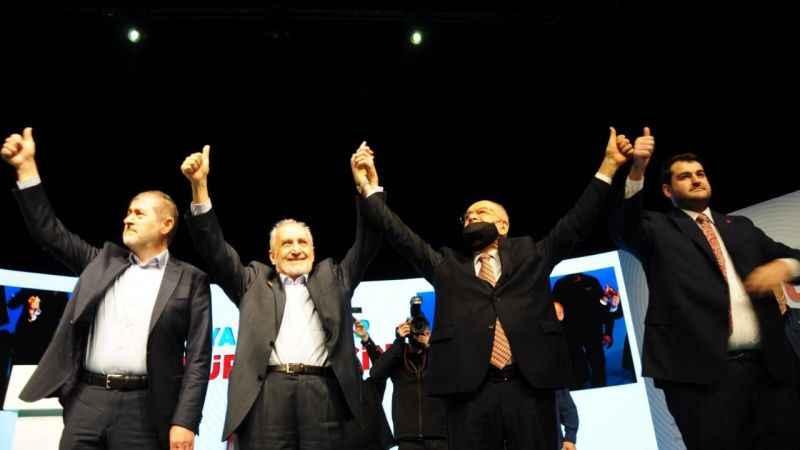 Saadet İstanbul'da Kongre heyecanı! Canlı yayın