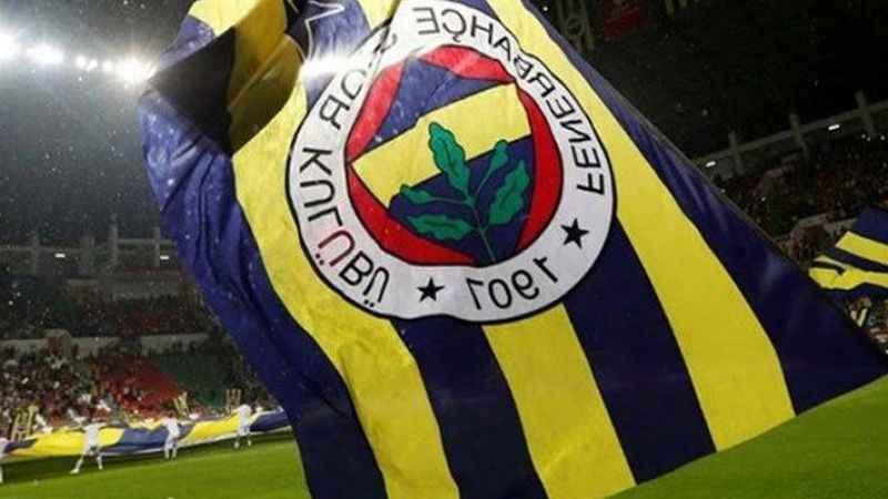Fenerbahçe'de şok! Bir futbolcunun koronavirüs testi pozitif çıktı