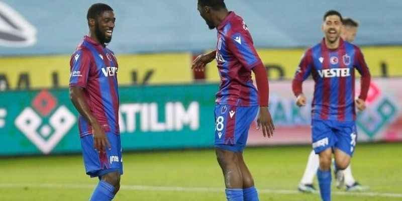 Trabzonspor'da Ekuban ve Djaniny ilkleri yaşadı!