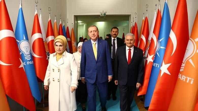 AKP MYK belli oldu! Erdoğan eski ekibini kordu