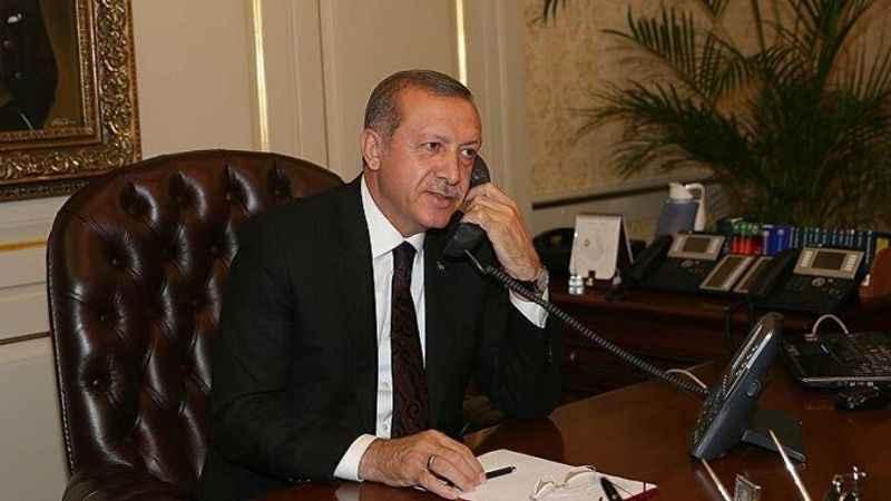 Erdoğan'a ilk tebrik o isimden geldi! Telefonla aradı