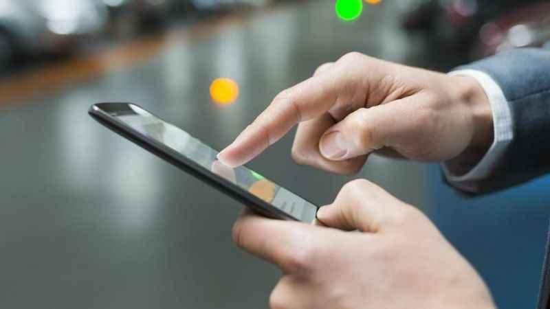 Dev marka, akıllı telefon pazarından çekiliyor mu?