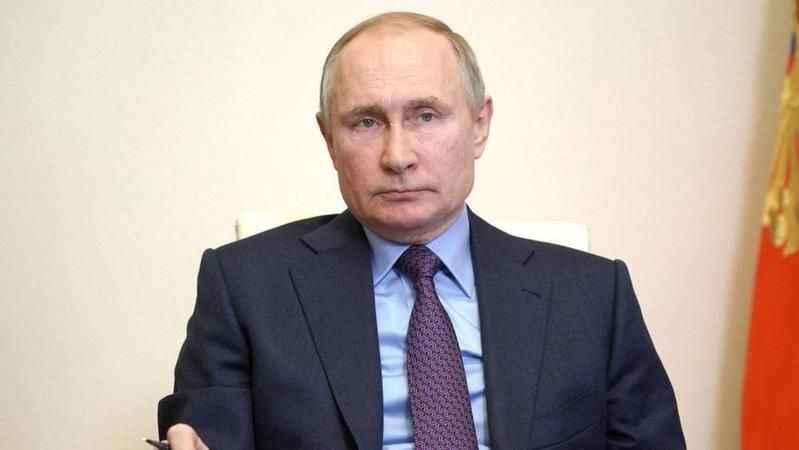 Aşı yaptıran Putin için 'yan etki' açıklaması