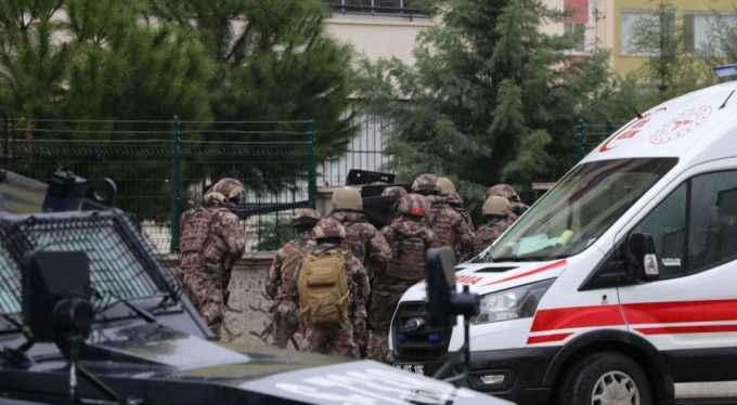 Son dakika... Diyarbakır'da rehine operasyonu: Yaralılar var