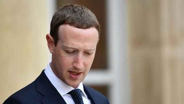 'Zuckerberg Signal kullanıyor' iddiası