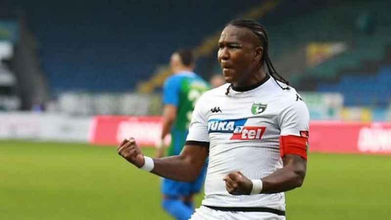 Hugo Rodallega, Manisa FK ile 2 yıllık anlaşma sağlamak üzere!