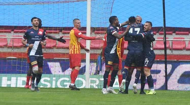 Antalyaspor kötü gidişata 'dur' dedi!