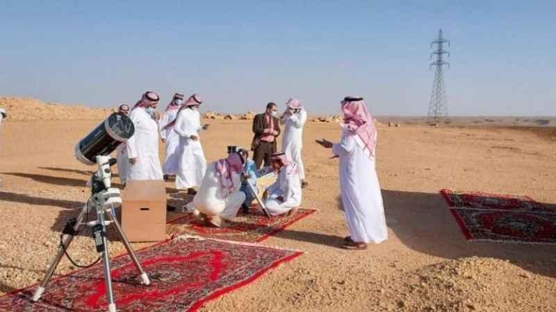 Arap ülkelerinin çoğu Ramazan ayının salı günü başladığını açıkladı
