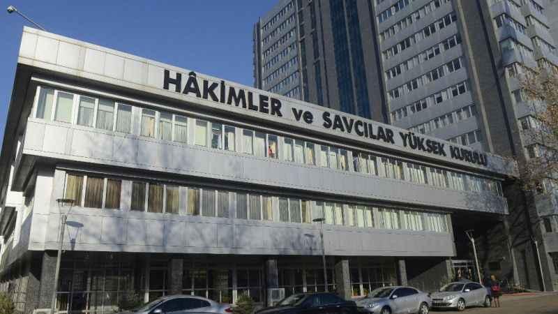 Doktorla tartışan Savcı hakkında Bakan Gül'den HSK'ya inceleme izni