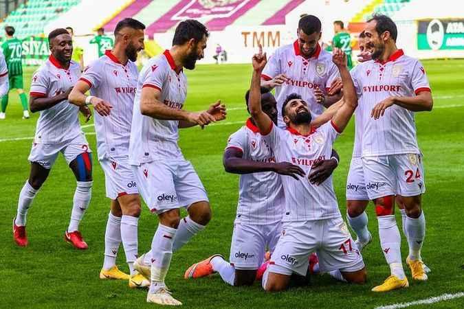Samsunspor'da 3 oyuncu kadro dışı!