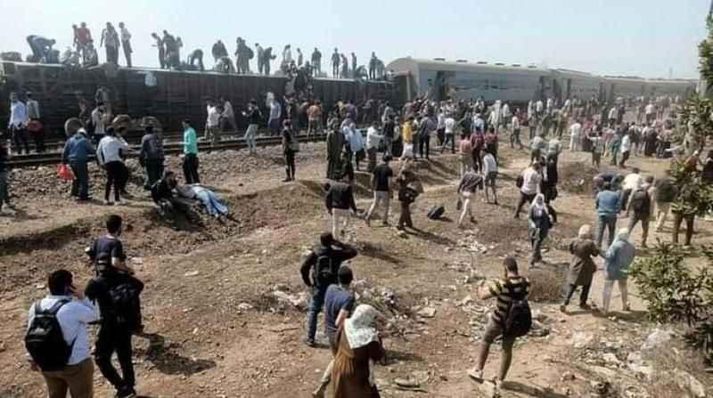 Son Dakika: Mısır'da tren raydan çıktı! 100'den fazla kişi yaralandı!