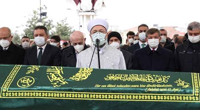 Ali Özek için Fatih Camii'nde cenaze namazı kılındı