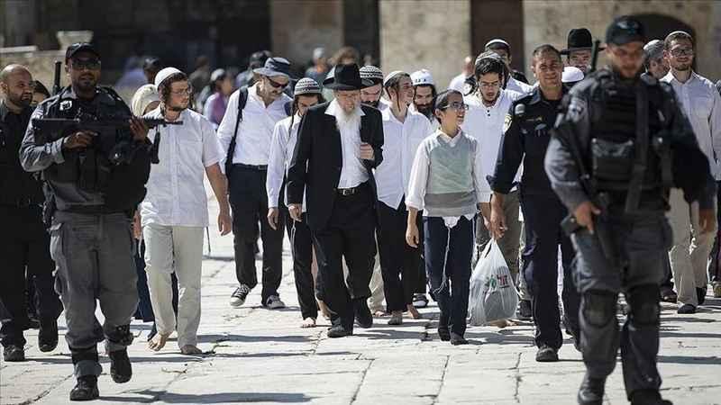 Ramazan dahi dinlemiyorlar! Yahudiler yine Mescid-i Aksa'yı bastı!