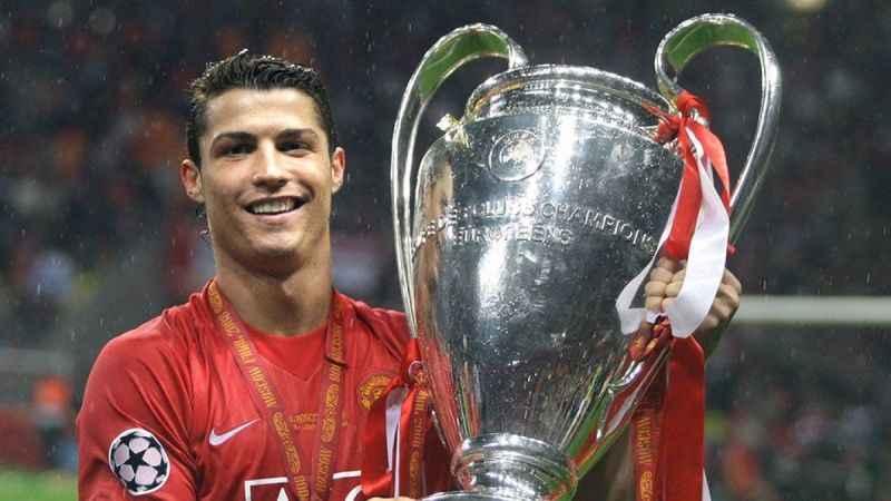Manchester United, Ronaldo'yu transfer etmek istiyor!