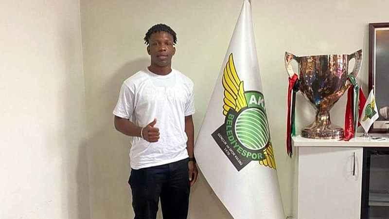 Futbolcu olmadığı ortaya çıkan Onyebueke'nin transferinde yeni ayrıntı