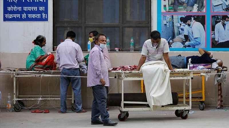 Hindistan'da Kovid fırtınası! Vaka sayısı yine rekor kırdı!