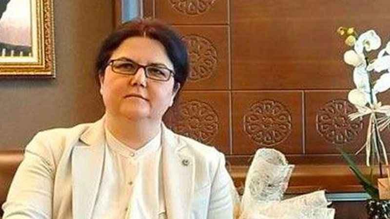 Deniz Zeyrek: Yakışmadı sayın Bakan!