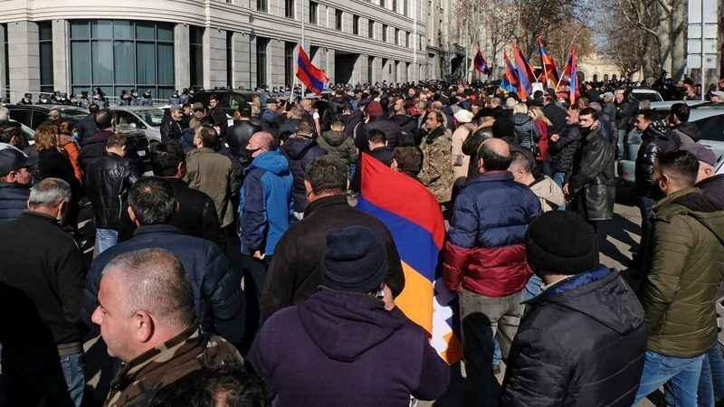 'Soykırım' çıkışı etkisini gösterdi! Ermeniler Türklere saldırdı!