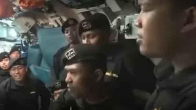 Endonezya'da batan denizaltı mürettebatı işte böyle veda etmiş! Elveda