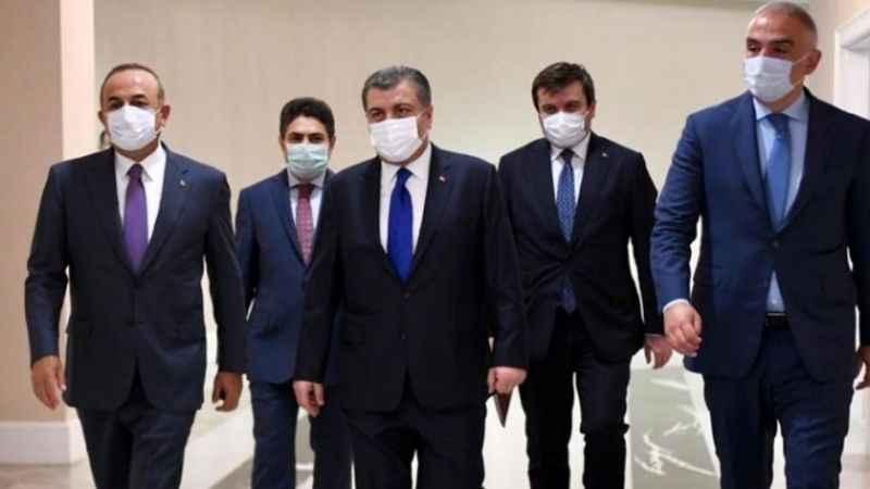 Çavuşoğlu ve Koca, Putin'i ikna etmek için Rusya'ya gidiyor