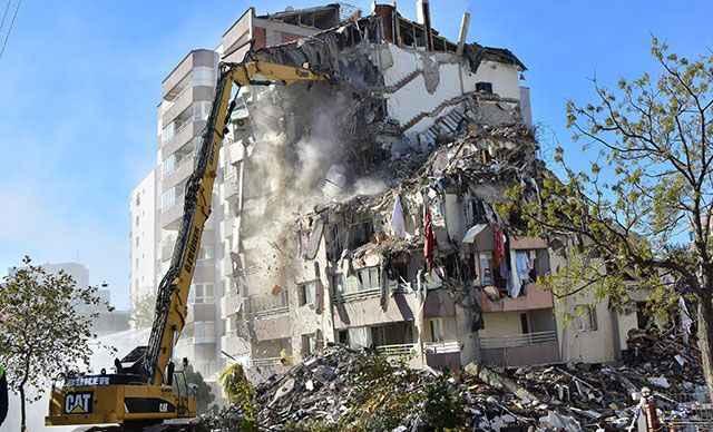 İzmir depremiyle ilgili gözaltı sayısı yükseldi