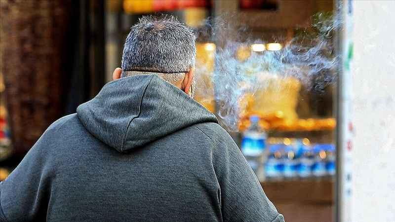 Koronavirüse karşı alkol ve sigara uyarısı: Tablo ağır oluyor