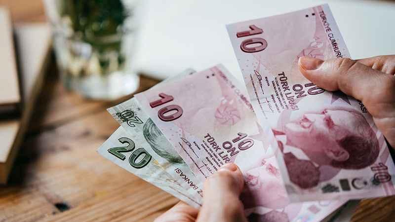 Kahveci: Türkiye vatandaşlarına en az para veren sondan ikinci ülke!