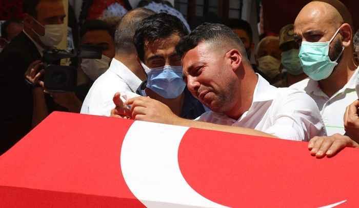 Şehit Uzman Çavuş Mehmet Kırmızı, Ceyhan'da toprağa verildi