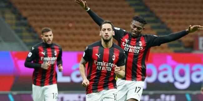 İtalya Serie A'da Milanlı Hakan Çalhanoğlu gecesi!