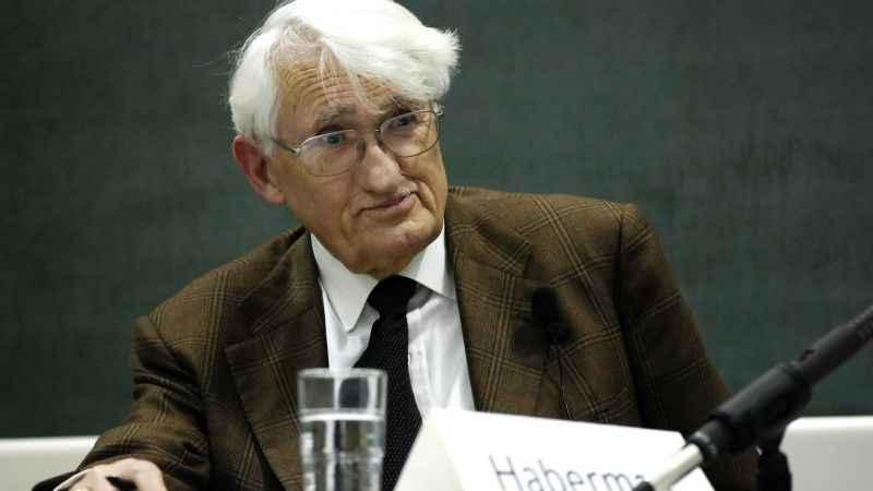 Alman filozof Jürgen Habermas geri adım! Ödülü almaktan vazgeçti