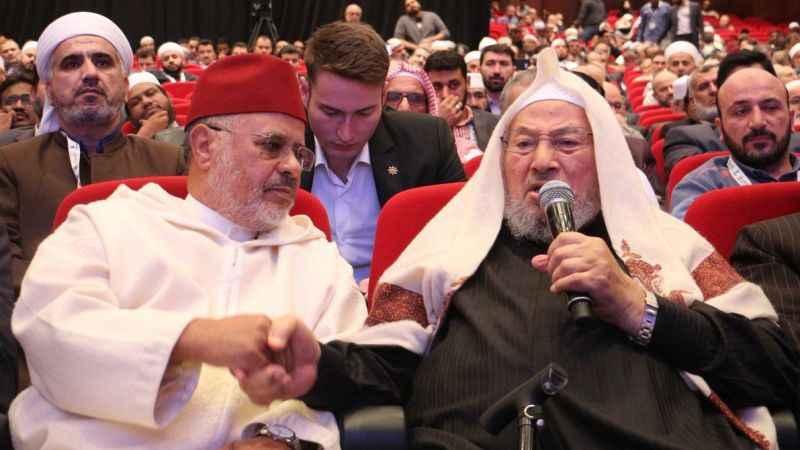 Dünya Müslüman Alimler Birliği'nden Fransa'ya uyarı! Çad'a karışma!