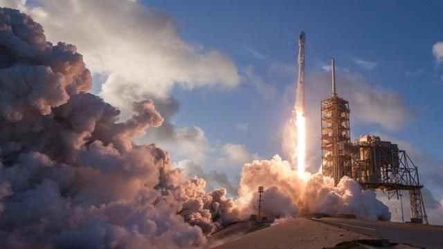 Kontrolden çıkan roket için Çin'den dünyayı rahatlatacak açıklama