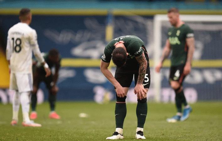 Leeds United, Tottenham'ı 3-1 devirdi