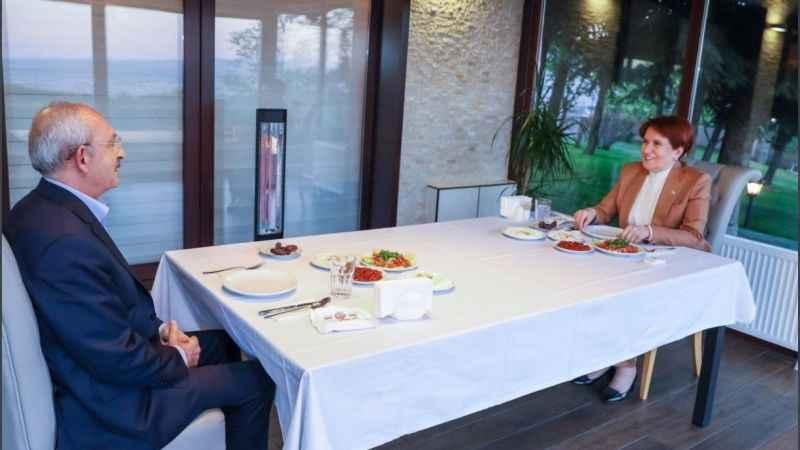 Meral Akşener ve Kemal Kılıçdaroğlu iftarda bir araya geldi