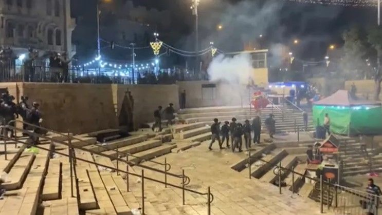 Siyonist İsrail yine Mescid-i Aksa'yı hedef aldı