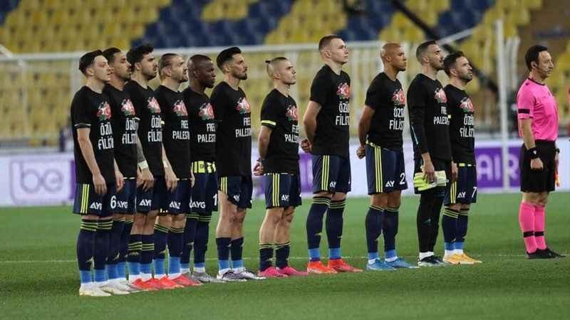 Fenerbahçe'den anlamlı hareket! Özgür Filistin tişörtüyle çıktılar
