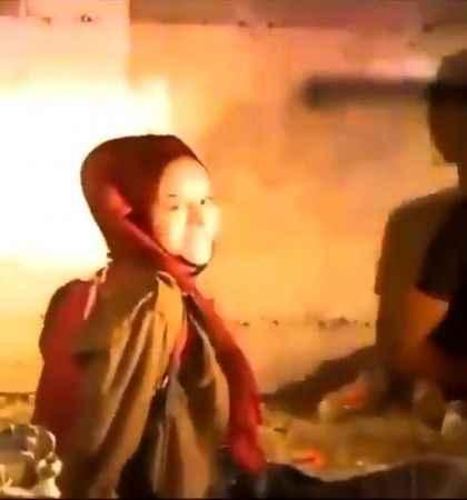 İsrail'in ters kelepçe taktığı Filistinli kız direnişin sembolü oldu