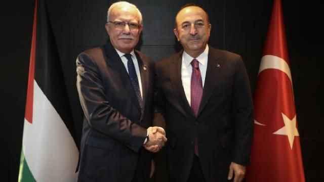 Bakan Mevlüt Çavuşoğlu Filistinli mevkidaşı ile görüştü