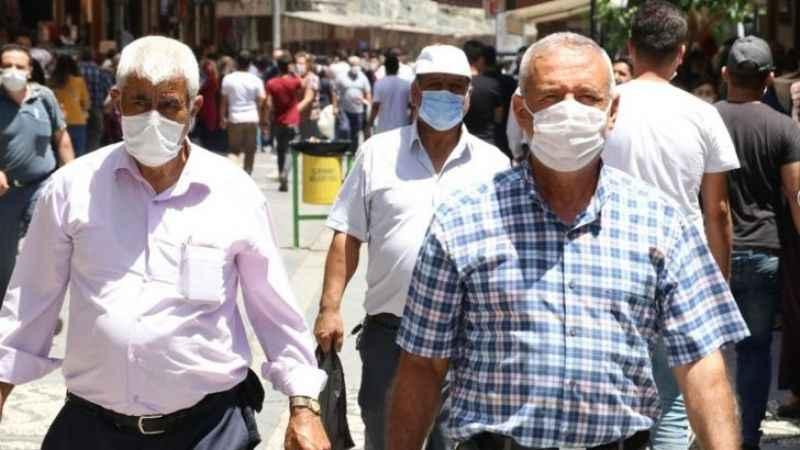 """Prof. Levent Akın'dan korona uyarısı: """"Aktif vaka sayısı 300 bin!"""""""