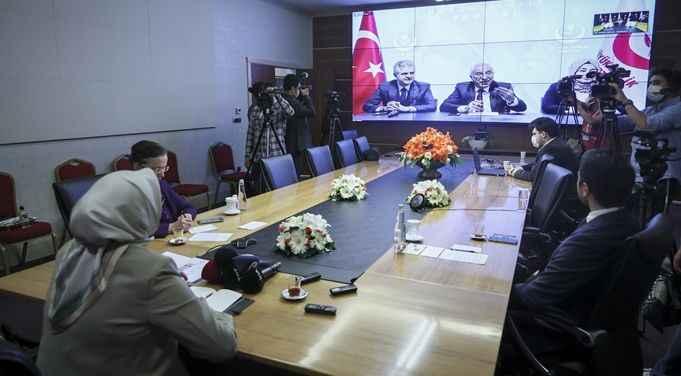AK Parti heyeti siyasi partilerle bayramlaştı