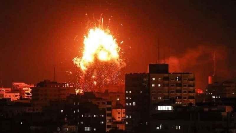 Hem havadan hem karadan… Gazze ateş altında...