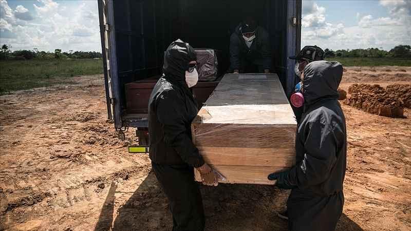 Peru'da Kovid-19 can kayıpları artıyor! Mezarlıklarda yer kalmadı