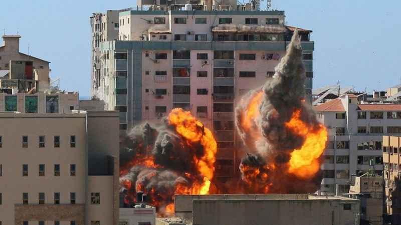 Siyonist İsrail açıkladı! Gazze'ye saldırı 48 saat daha devam edecek