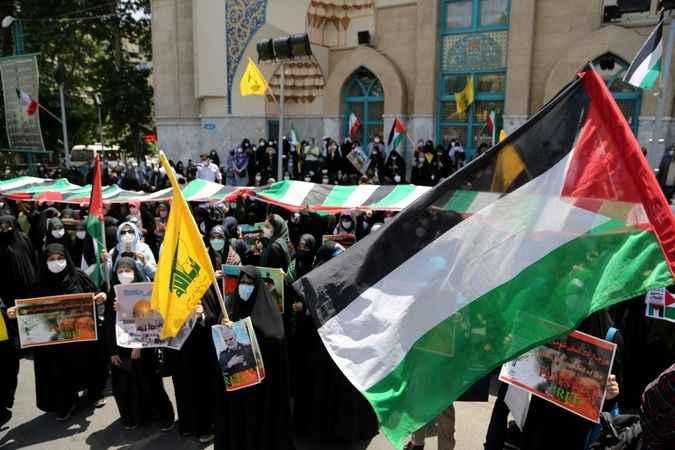 Filistin'e destek İsrail ve ABD'ye lanet! Halk sokaklara döküldü