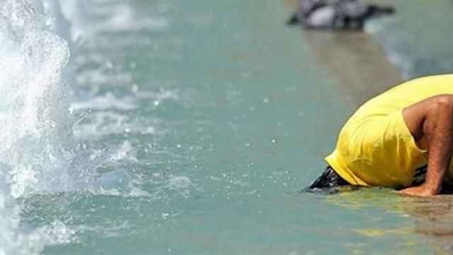 Sıcaklıklar 40 dereceye çıkınca vatandaşlar gölgeliklere koştu