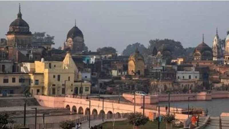 Hindistan'da asırlık caminin yıkımı büyük öfke uyandırdı
