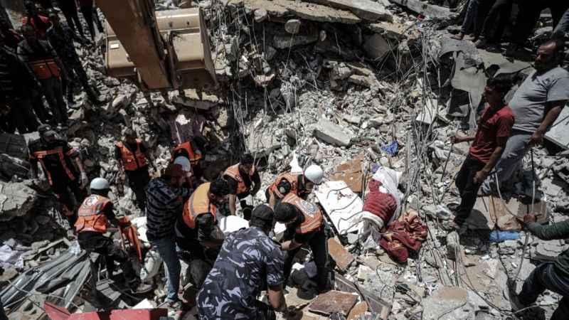 Enkaz altındaki Gazze'den acı haber! Şehit sayısı 243'e yükseldi