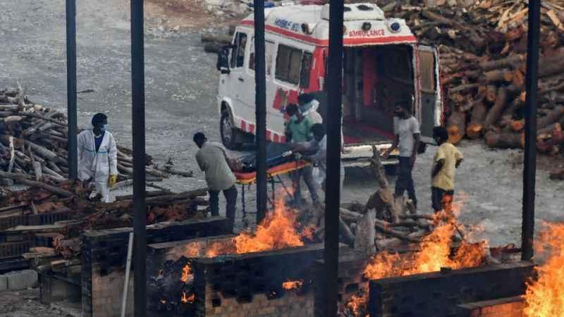 Hindistan'da can kaybı yine 4 bini aştı