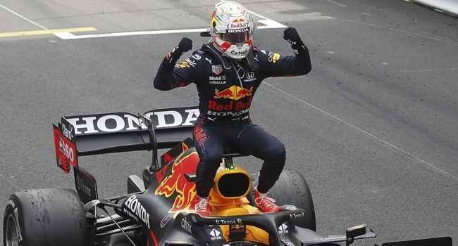 Monaco'da kazanan Max Verstappen