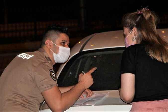 Sokağa çıkma kısıtlamasına uymayan 273 kişiye 245 bin 700 TL ceza